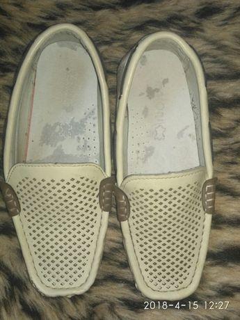 Туфли, мокасины на выпускной 32-33 рр
