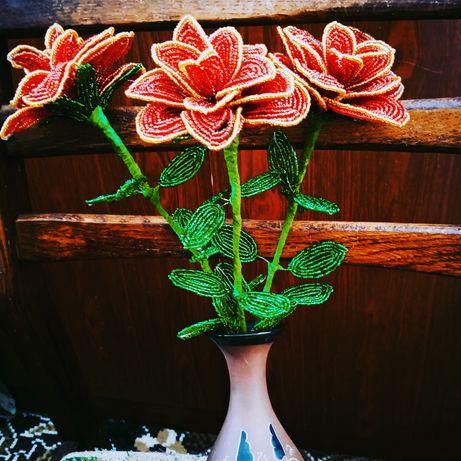 Цветы ручной работы из бисера