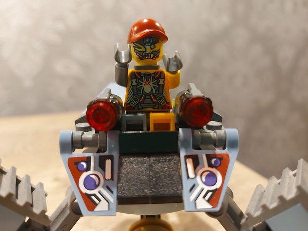 Lego robot pająk