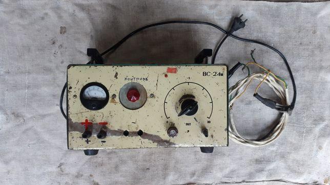 Устройство для зарядки аккумулятора, выпрямитель.