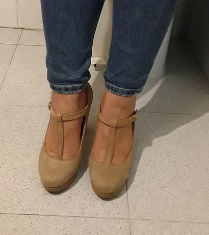 Sapatos Novos com salto compensado 8 cm - muito confortáveis