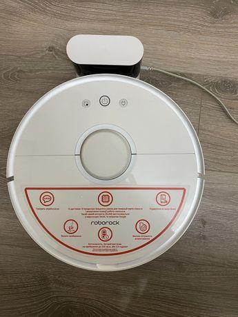Робот пылесос моющий Xiaomi RoboRock Vacuum Cleaner 2 White S50