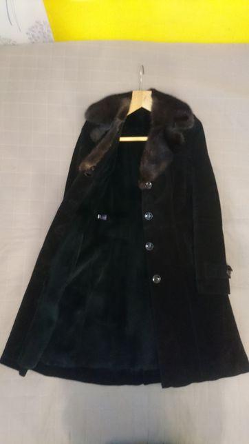 Дубленка натуральный мех замшевое пальто