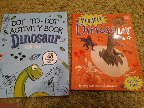 Ksiażki o dinozaurach.Zadania, projekty, angielski, dinozaury.
