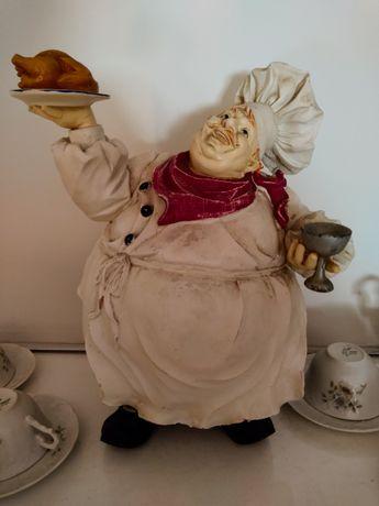 Cozinheiro em louça