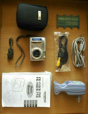 Máquina fotográfica Olympus FE-100 (AVARIADA PARA PEÇAS)