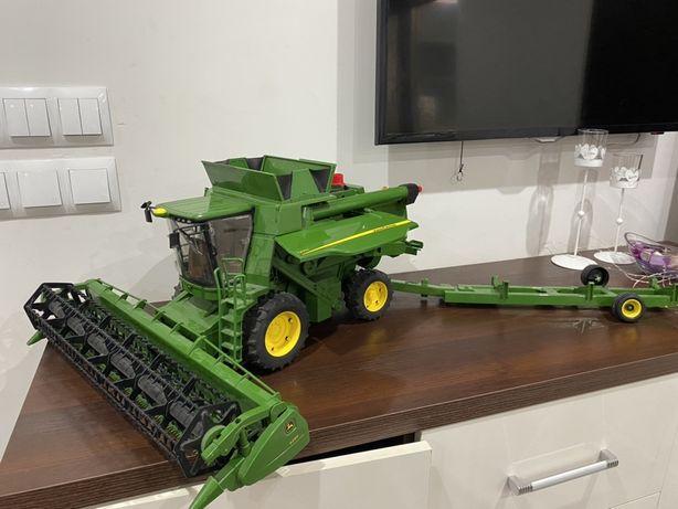 Zabawka kombajn John Deere T670i z wozkiem w zestawie