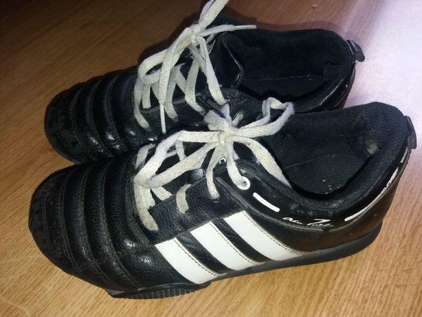 Кроссовки фирменные Adidas детские 21 см стелька р.33