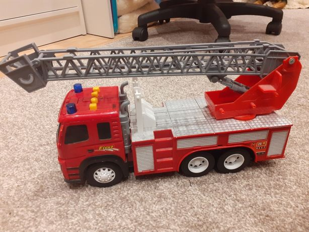 Wóz strażacki  duży drugi gratis