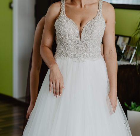 Suknia ślubna mija loraa