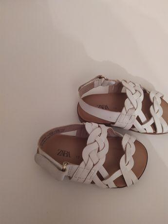 Sandálias Zara tam 19
