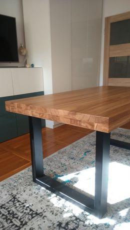 Stół drewniany dębowy na nogach z metalu - metalowego profilu
