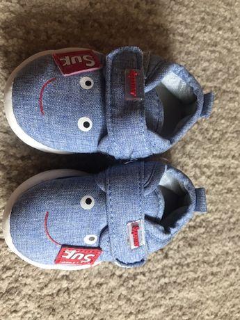 Обувь на первые шаги для девочки и мальчика