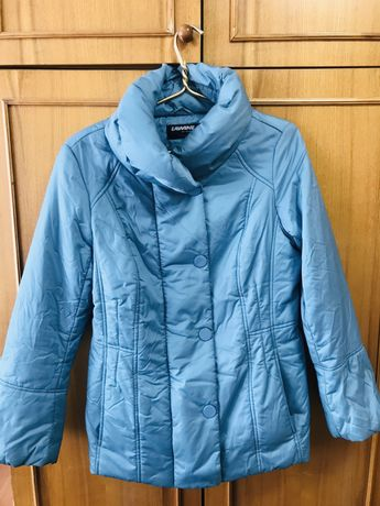 Весенне осенняя курточка демисезон