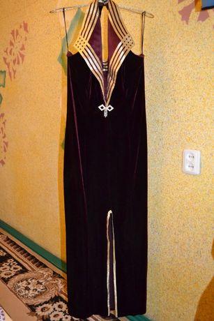 Шикарное платье со стрейч -бархата р. 48-50