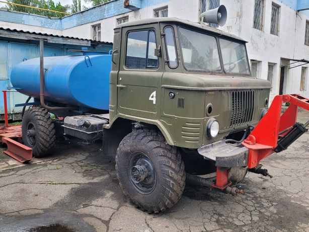Газ 66/ водовоз-бочка