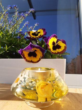 Świecznik kwiaty w akrylu tealight