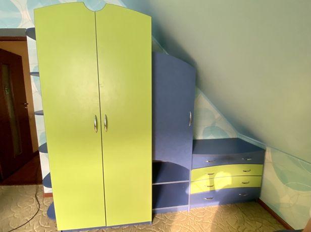 Стенка ( шкаф, комод )