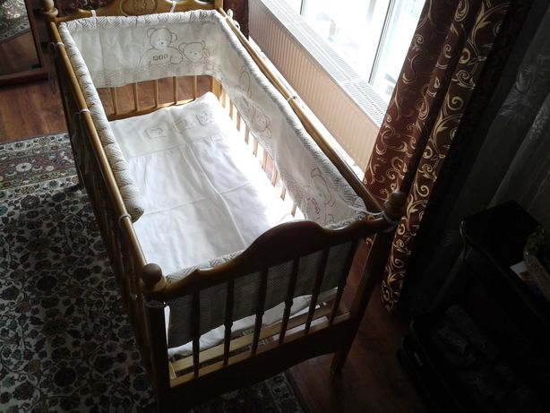 Детская кровать. Дитяче ліжко+ковдра+захисні бортики