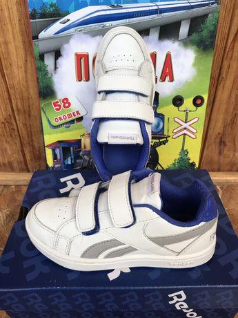 Стильные белые кроссовки Reebok