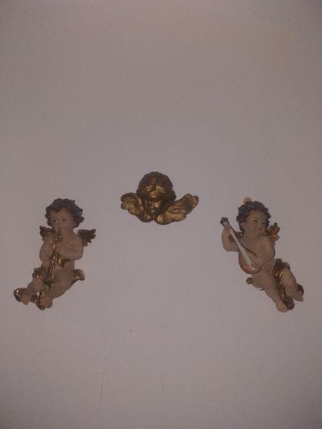 Anjinhos em porcelana antigos e sem defeito.