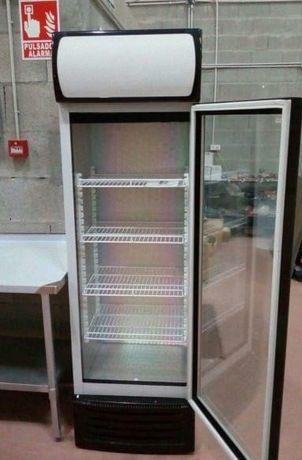 Frigorífico expositor de Refrigeração Novo