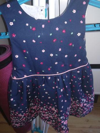 Sukienka dziecieca z Anglii