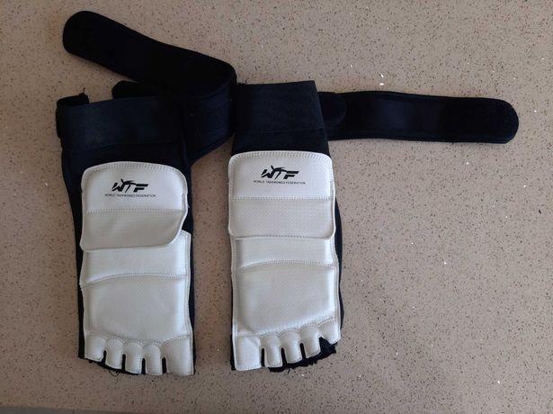 Protetor de pé Taekwondo WTF