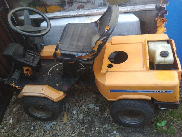 stiga park  traktorek kosiarka w całosci