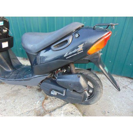 продам запчасть б у на мотор Suzuki lets 2