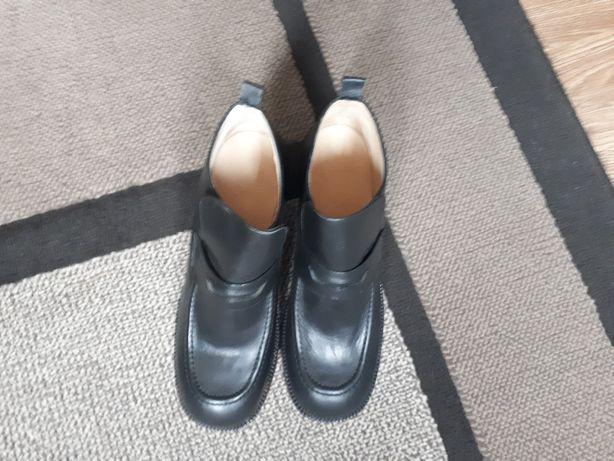 Sapatos novos n° 38