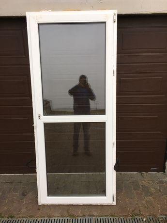 Okno biale 900 x 2120