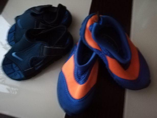 Sandałki i buty do wody