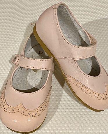 Sapatos de festa, tamanho 22