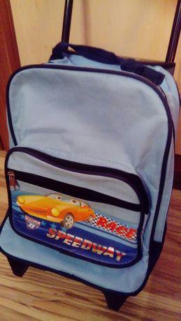 Walizka, plecak na kółkach dla dzieci