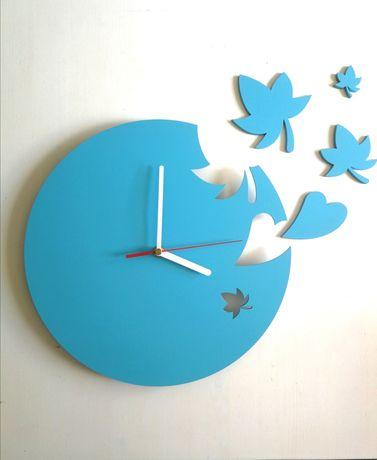 Zegar ścienny niebieski