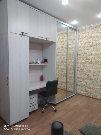 Продам 2 комнаты в общежитии на Металлургов