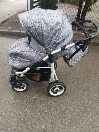 Wózek spacerowy 2kierunki jazdy.Od 1 dni życia