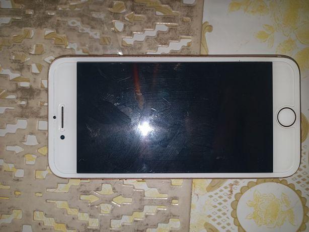 Sprzedam lub zamienie Iphone 8 64GB + Sluchawki blueetooh + szklo
