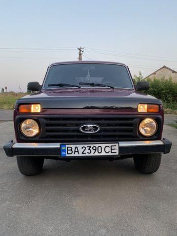 ВАЗ 21214(з підсилювачем керма)