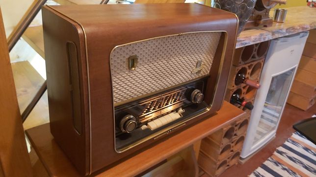 Aeg 4065 Super 3D Rádio Antigo