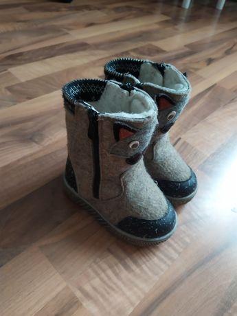 Зимові чобітки для дівчинки або хлопчика