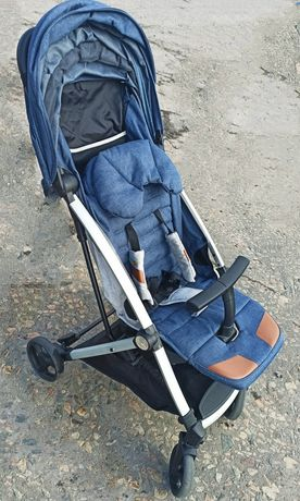 Продам  прогулочную коляску Babyhit neos от 0 до 36 месяцев