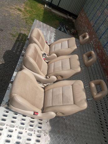 Алькантара, шкіра Volkswagen Sharan, Seat Alhambra, Ford Galaxy