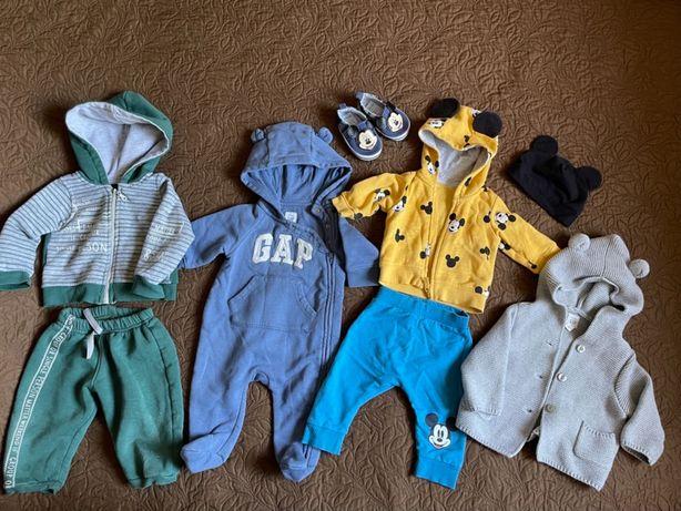 Вещи на мальчика 3-6 месяцев , Ромпер gap