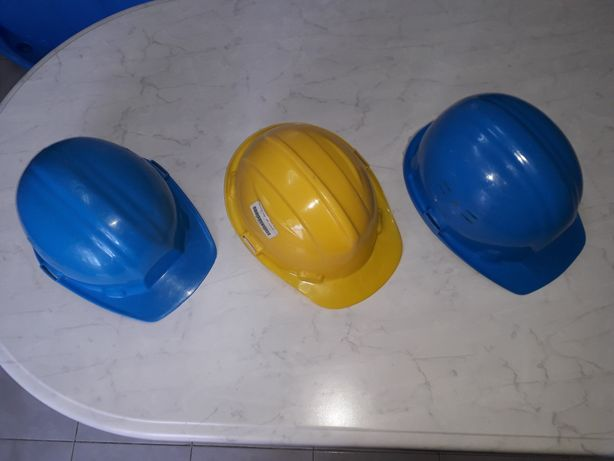Capacete proteção construção civil