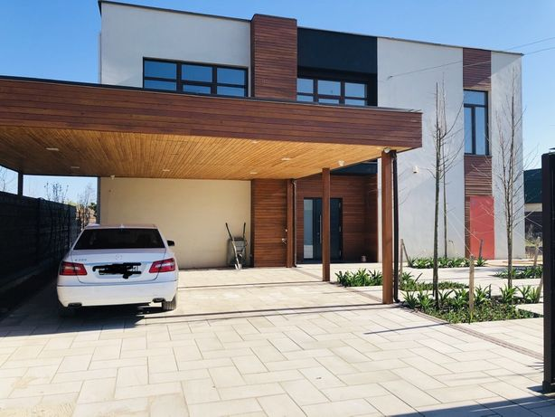 Продам дом на берегу озера, Бортничи