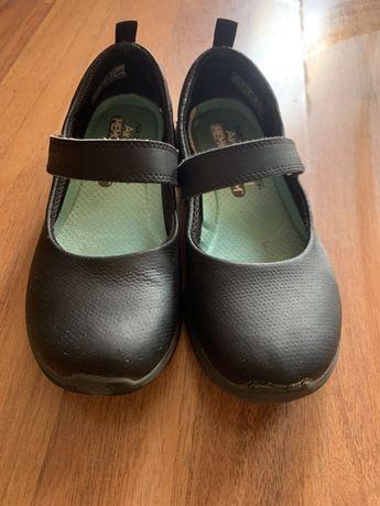 Туфли  в школу skeechers