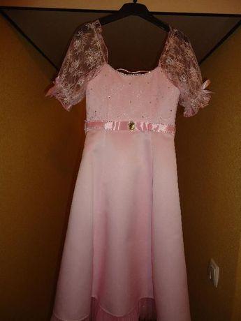 Красивое платье на девочку 8-10 лет