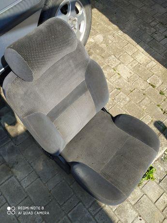 Сидіння до автомобілів